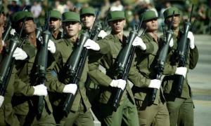 Francotiradores Ccbanos con el fusil de precisión Alejandro